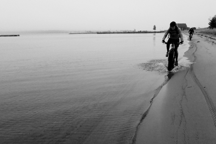 Ridning on resting beaches