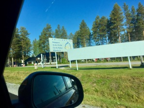 We pass the arctic circle after 1.5 hours